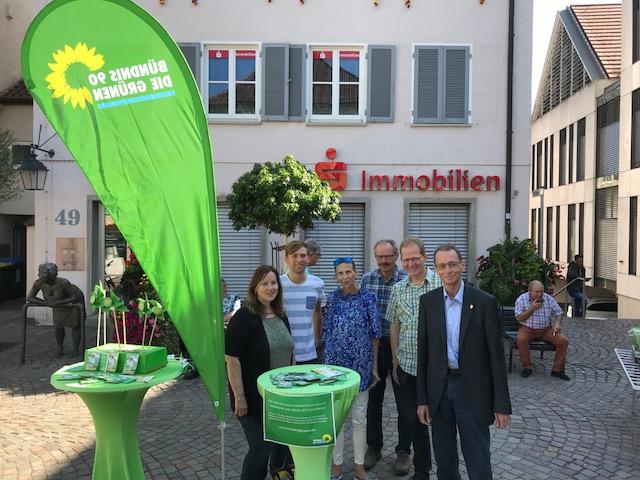 Grüne Räte auf dem Winnender Wochenmarkt